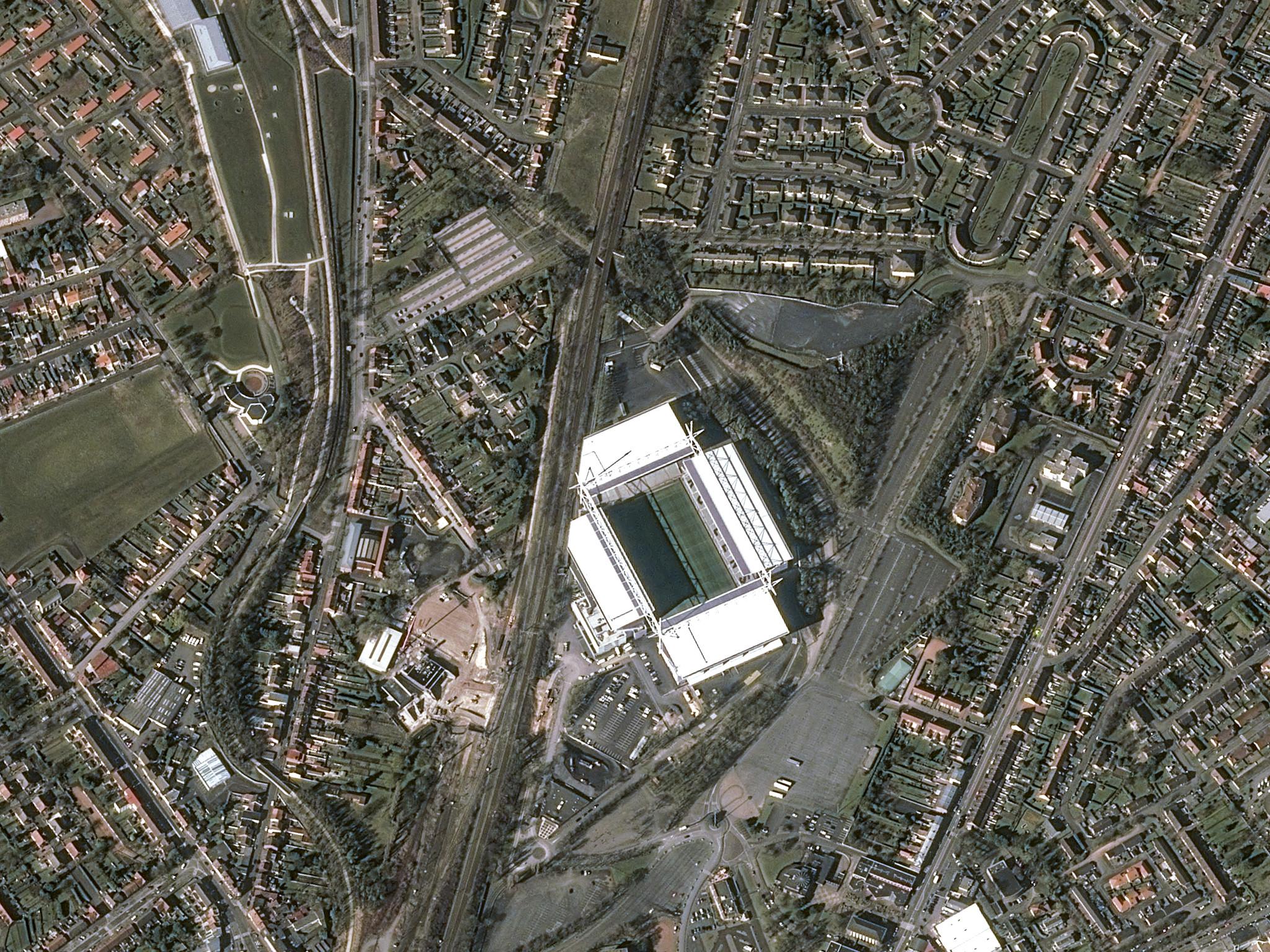 is_euro2016_stade_lens_pleiades_20160317_v2.jpg