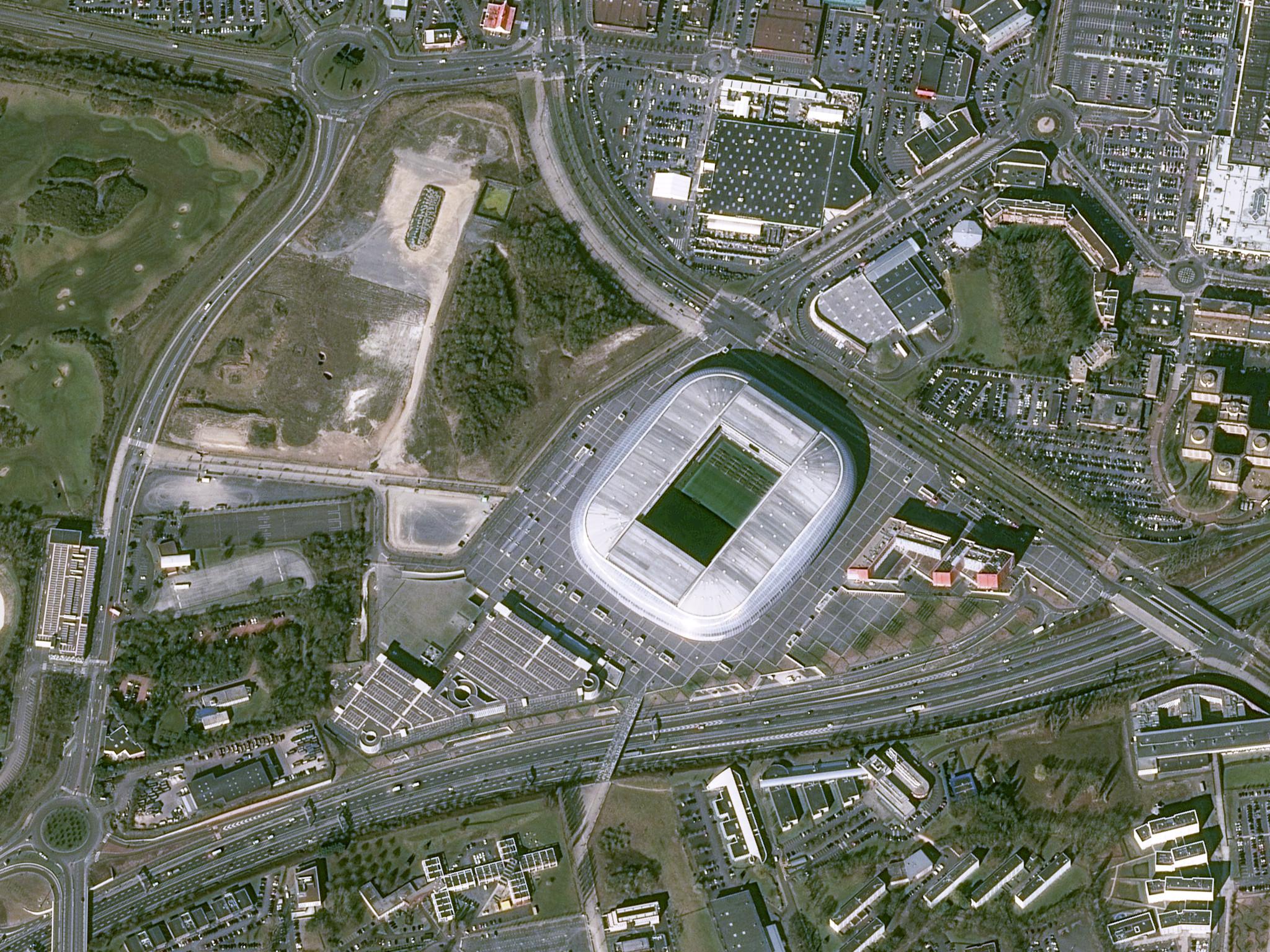 is_euro2016_stade_lille_pleiades_20160317.jpg