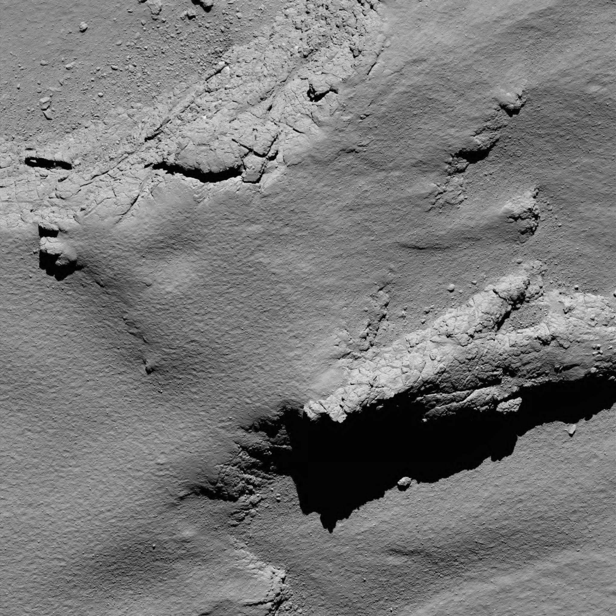 is_rosetta_atterrisage_comet_from_5.7_km_narrow-angle_camera.jpg