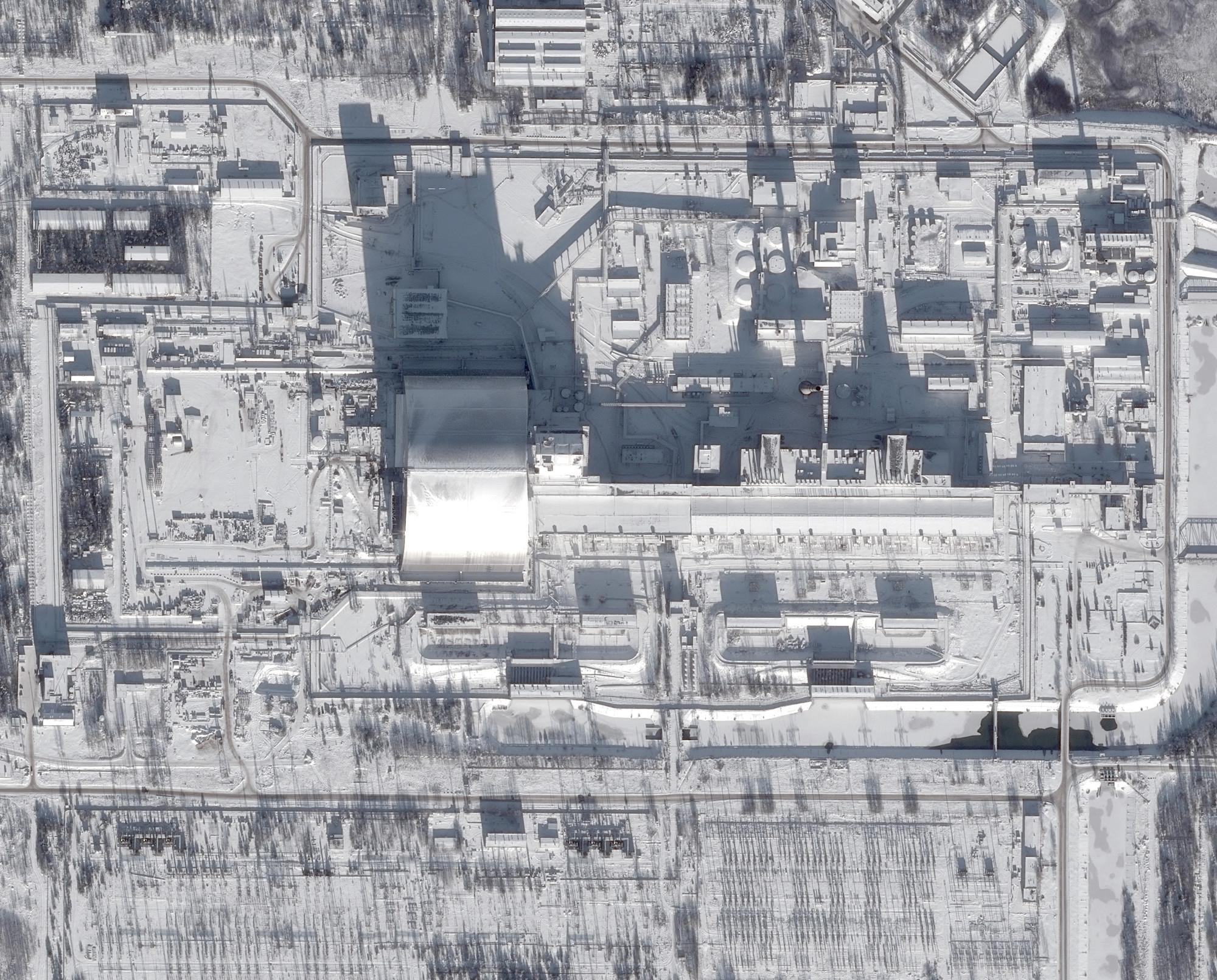 is_tchernobyl-pleiades_7dec2016_2000px.jpg