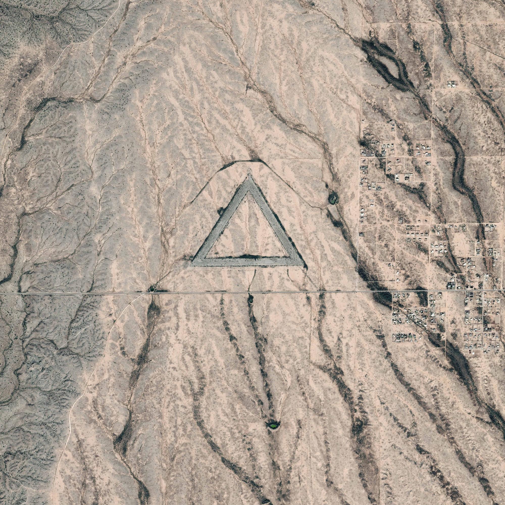 is_pleiades_triangle_20141120_large_2000px.jpg