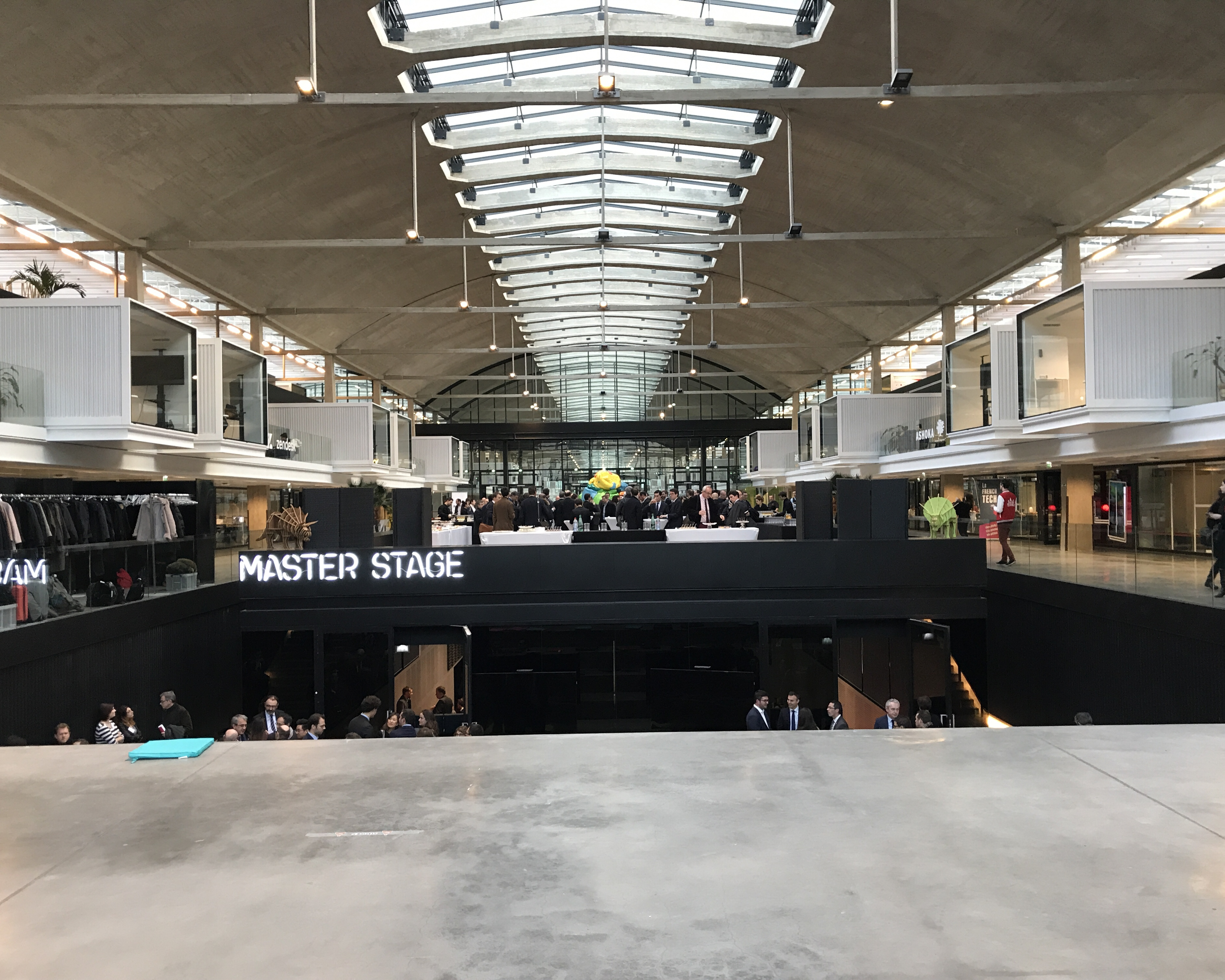 is_stationf_1902.jpg