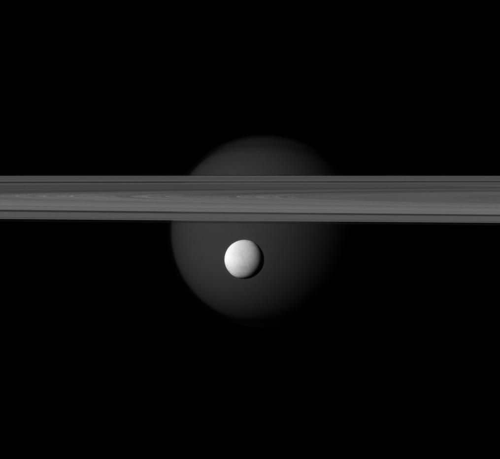 Enceladus_Flyby_140412.jpg