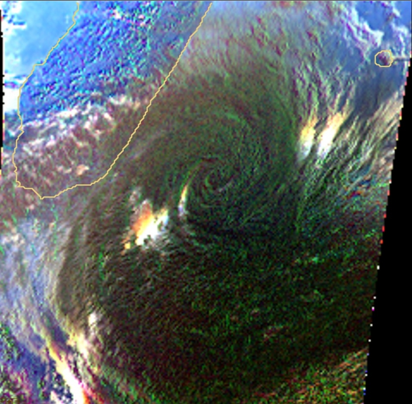 Cyclone Gamede in polarized light. Crédits : CNES