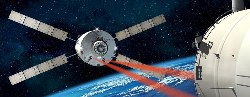 Tout comme l'ATV 1 en 2008, l'ATV 2 rejoindra l'ISS par guidage laser. Crédits : ESA/D. Ducros.