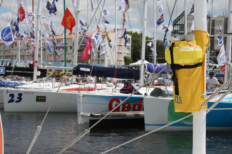 Balise Argos CLS actuellement sur les bateaux de course. Crédits : CLS.