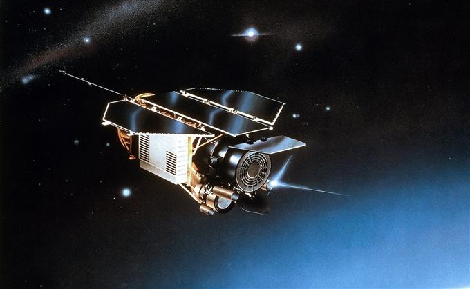 The German ROSAT satellite completed a full-sky survey of X-ray sources in the 1990s. Credits: SIPA/EADS Astrium.
