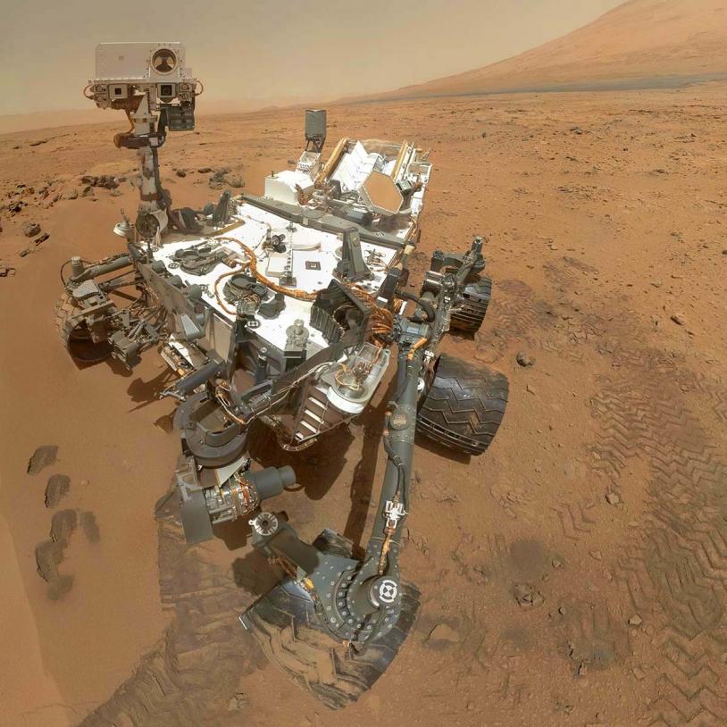 Self-portrait of Curiosity on Mars. Credits: NASA/JPL-Caltech/MSSS.